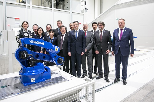 https://www.yaskawa-global.com/wp-content/uploads/2019/04/slo_02.jpg
